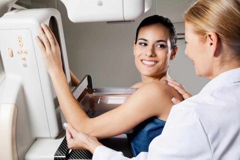 Adolescentes: 7 coisas que você deve esperar na sua primeira mamografia