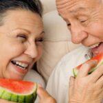 Dicas de saúde bucal para a terceira idade