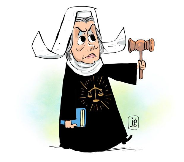 Carmen Lúcia Charge