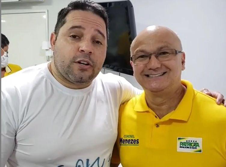 Menezes e o delegado Costa e Silva