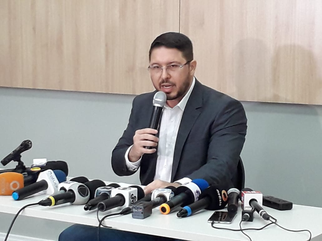 Carlos Almeida Coletiva