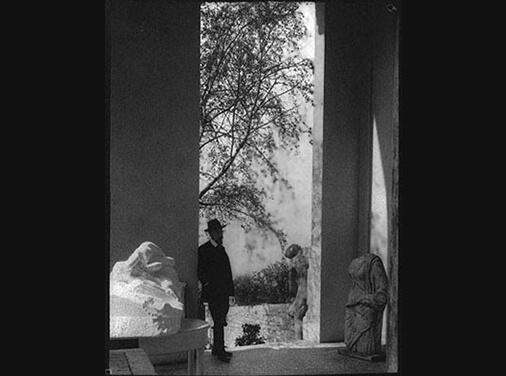 Rilke's temple, Rilke standing among Rodin's sculptures