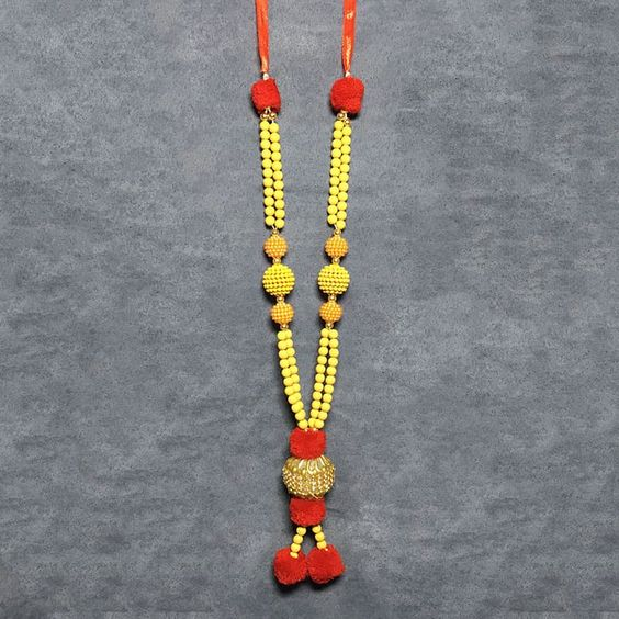 Spiritual Garland Har In Off-White Color With Sukhad Beads and Resham Balls