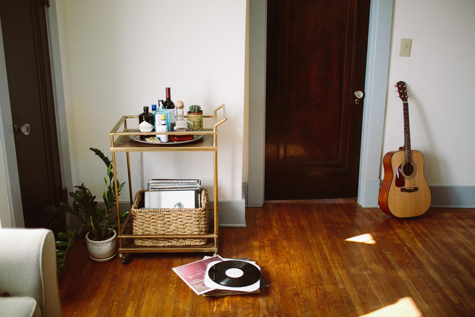 vinyl-me-please-0001