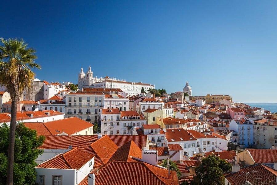 Alfama, the most authentic neighborhood of Lisbon