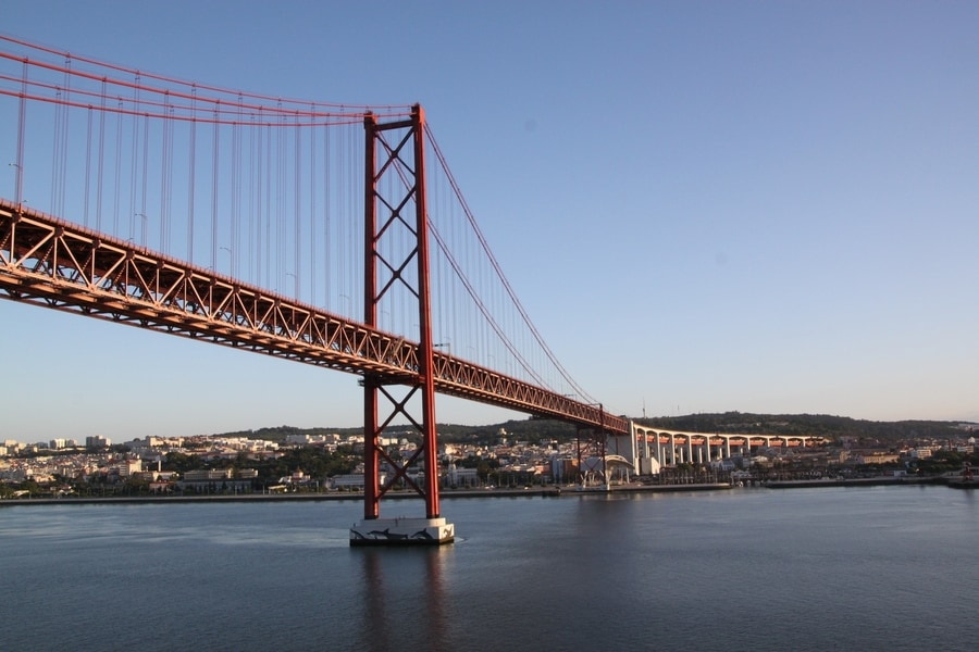 Cross the 25 de Abril Bridge, another thing to do in Lisbon