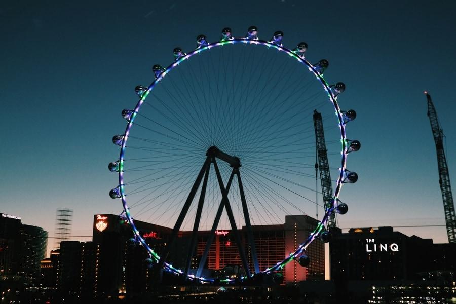 Subir a la High Roller de Las Vegas, la noria más alta del mundo