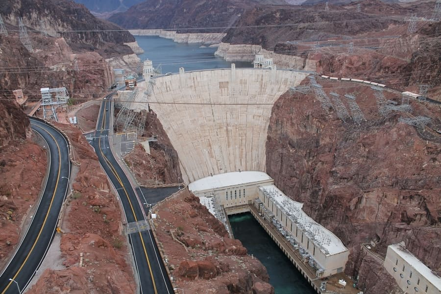 Visit the Hoover Dam and Lake Mead, another stuff to do in Las Vegas