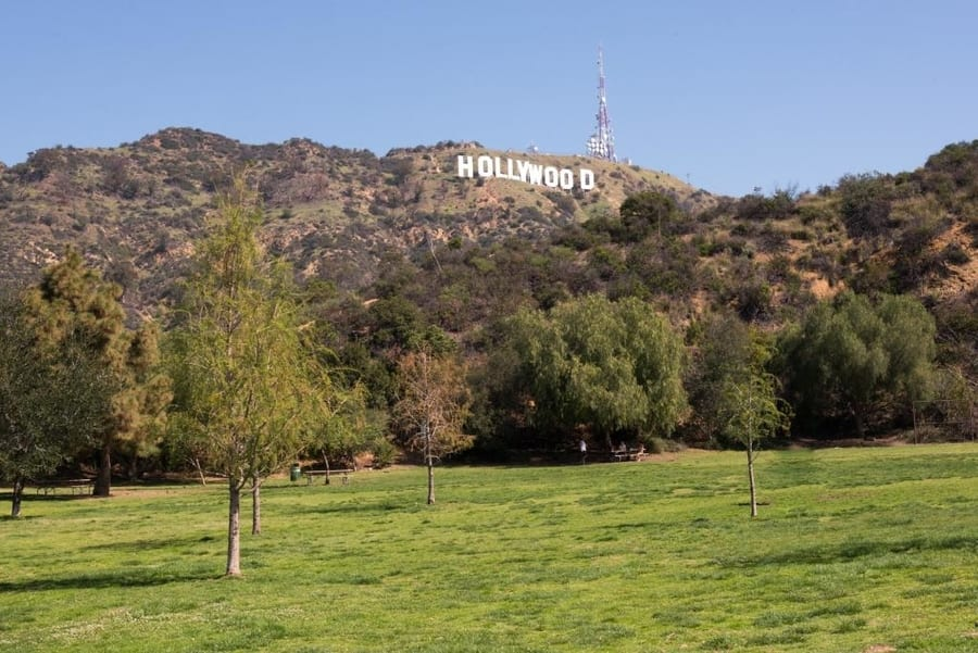 Lake Hollywood Park, a recommended park to go in Los Angeles