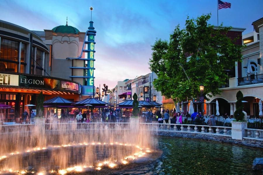 The Grove, a shopping area to go in Los Angeles