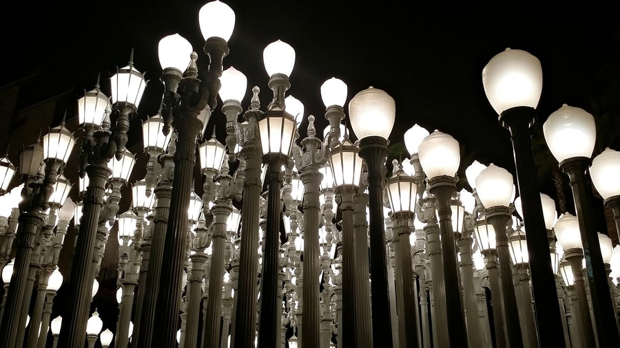 Urban Light, a work of art to visit in Los Angeles, California