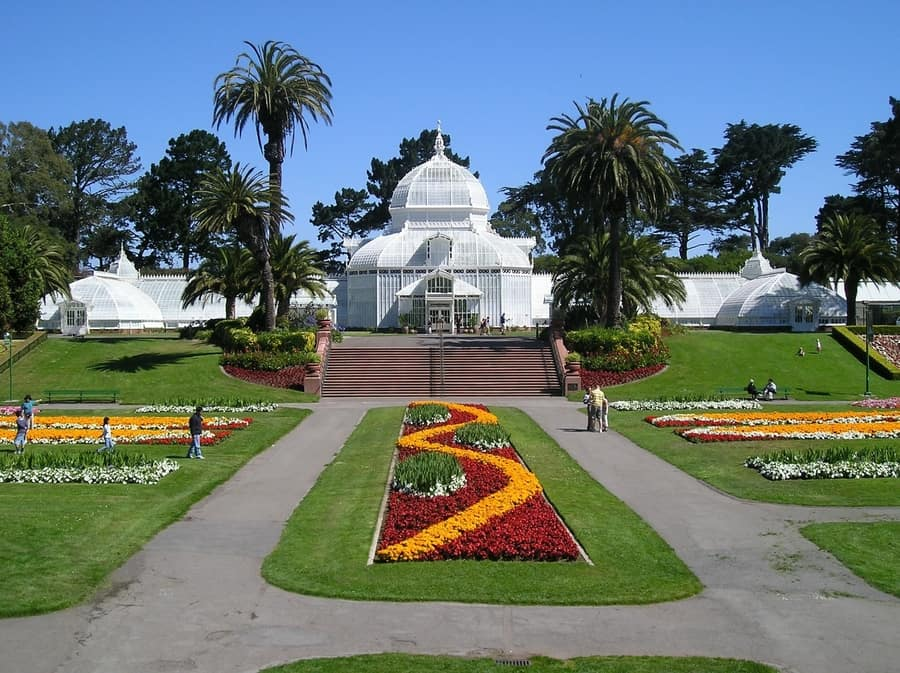Conservatory of Flowers, beautiful gardens to visit in SF