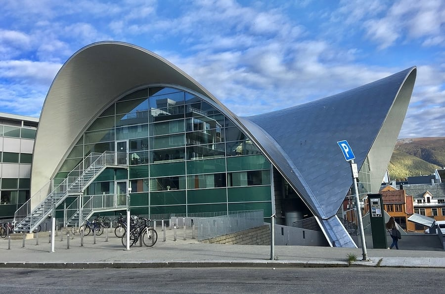 Visit the Tromsø Public Library and City Archives in Tromsø