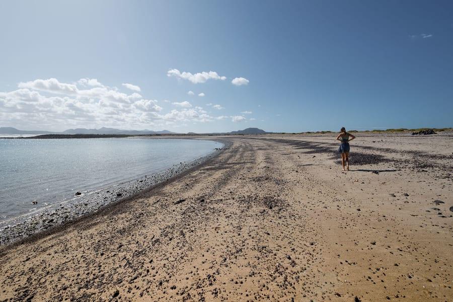 Playa de La Concha, una playa que visitar en Isla de Lobos, Fuerteventura