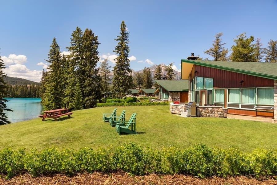 Fairmont Jasper Park Lodge, Jasper where to stay