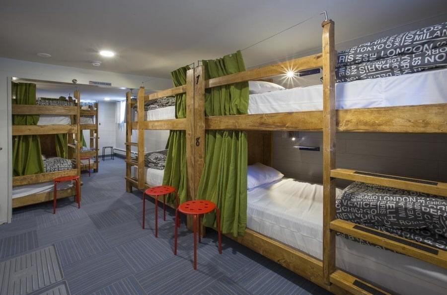 Jasper Downtown Hostel, cheap hotel in Jasper National Park