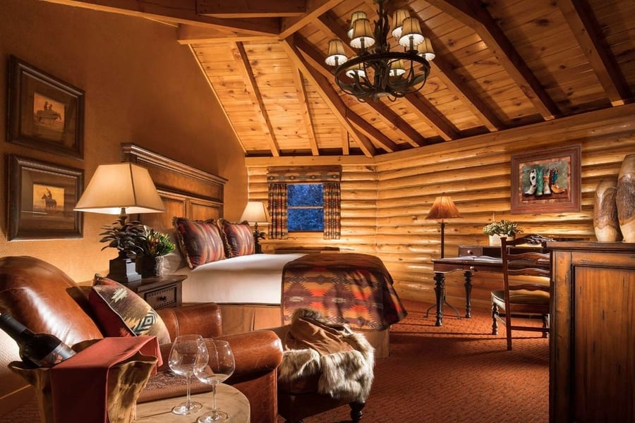 Rustic Inn Creekside, one of the best hotels in Grand Teton, USA