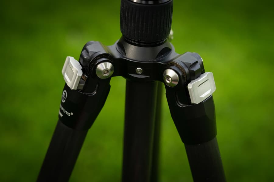 Sunwayfoto T1C40T Tripod opinion - Two different angle selections