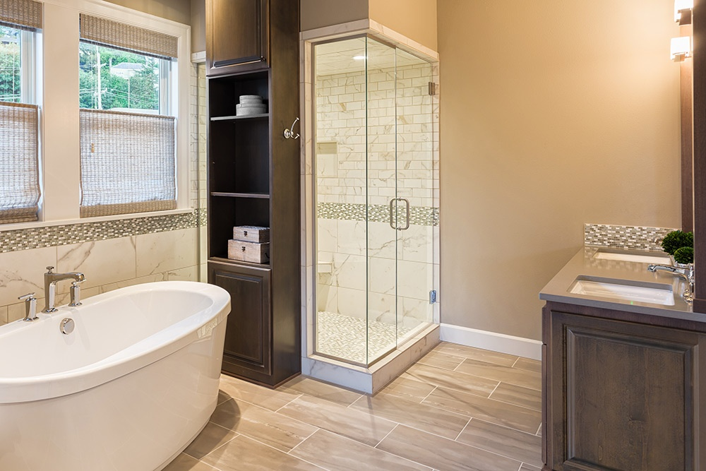 The Top 5 Master Bathroom Must-Haves