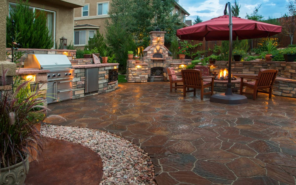 3 Things to Consider When Designing Outdoor Living Spaces