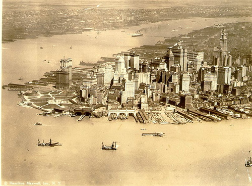 Manhattan in the early 1900s. Photo courtesy of Sivi Steys.
