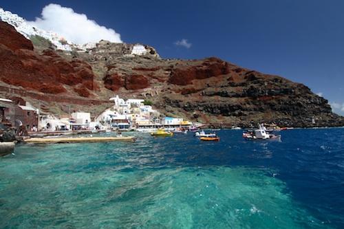 Santorini port. Courtesy of Shane Gorski.