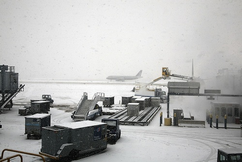 A snowy O'Hare International Airport. Courtesy of Cliff.