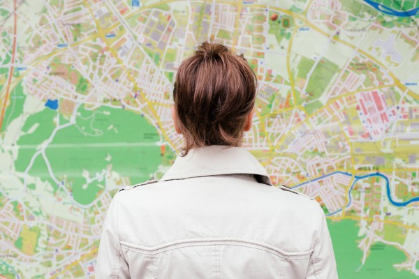 woman-looking-at-map-cheaptickets