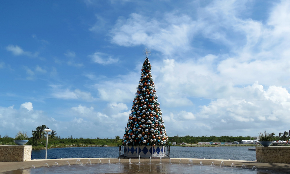 Cheap Tickets-Tropical Christmas-Cayman Islands-Camana Bay