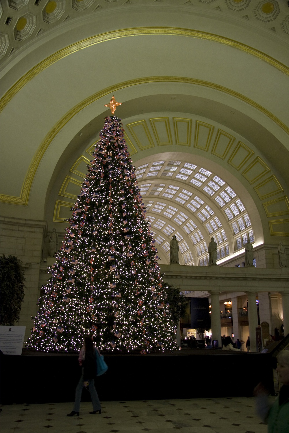 Union Station Christmas tree