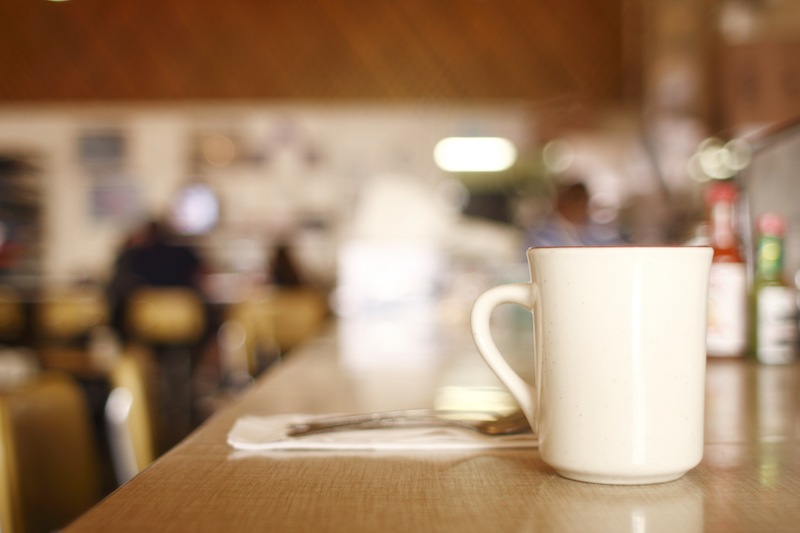 The best diners always serve piping-hot coffee.