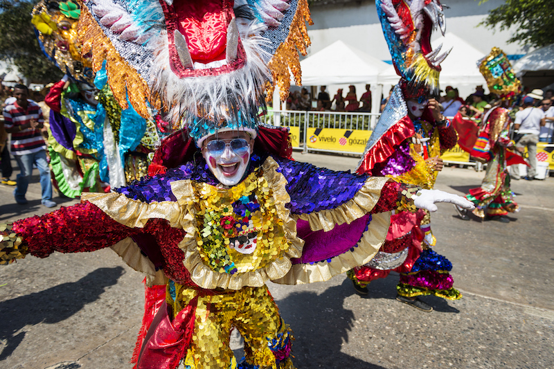 Barranquilla, Colombia - March 1, 2014: People at the carnival parades in the Carnival of Barranquilla, in Colombia. (Barranquilla, Colombia - March 1, 2014: People at the carnival parades in the Carnival of Barranquilla, in Colombia. , ASCII, 118 co