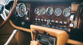 Vintage oldtimer dashboard
