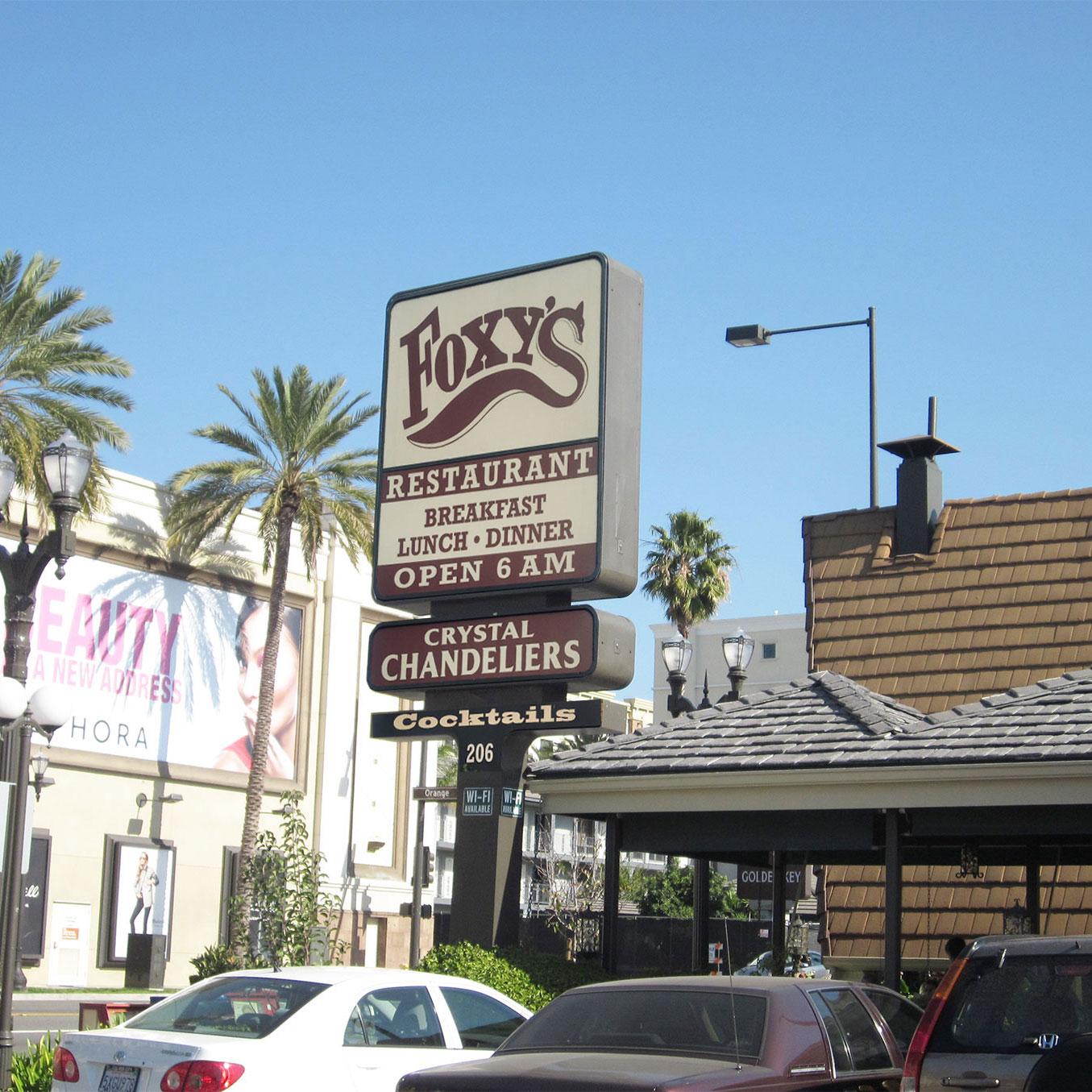 Foxy's restaurant