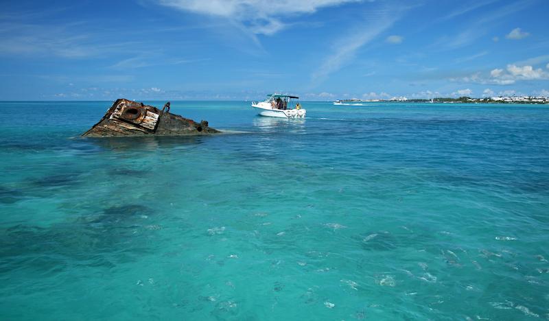 Old ship wreck in Bermuda