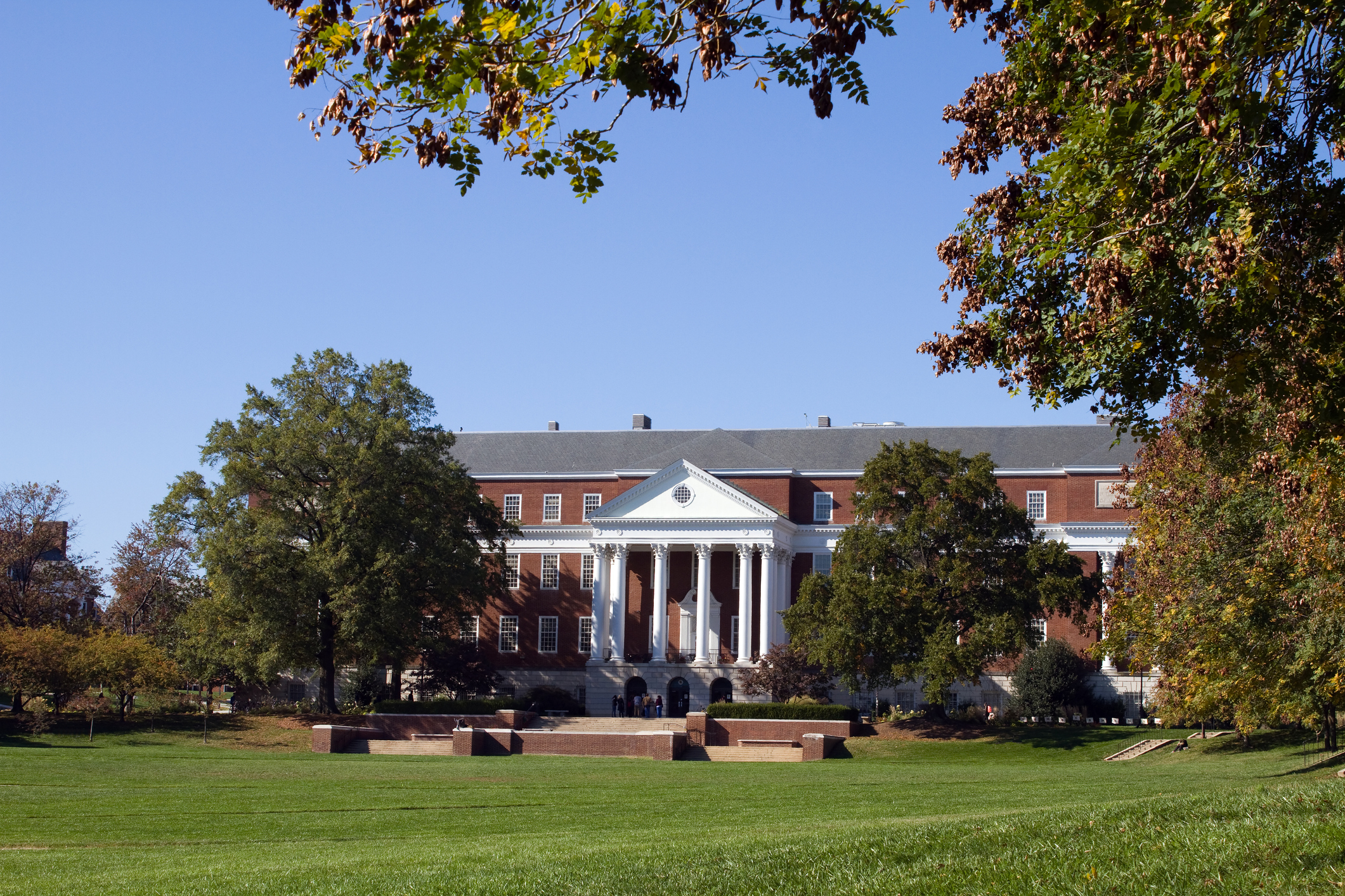 Library and campus of the University of Maryland located in College Park, MD.
