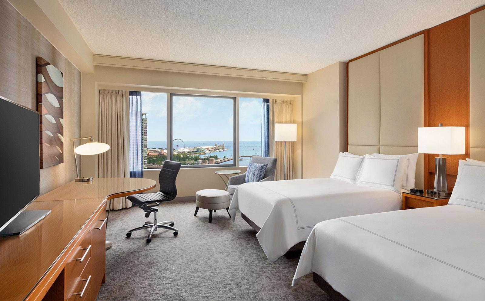 Swisshotel Chicago lake view double room