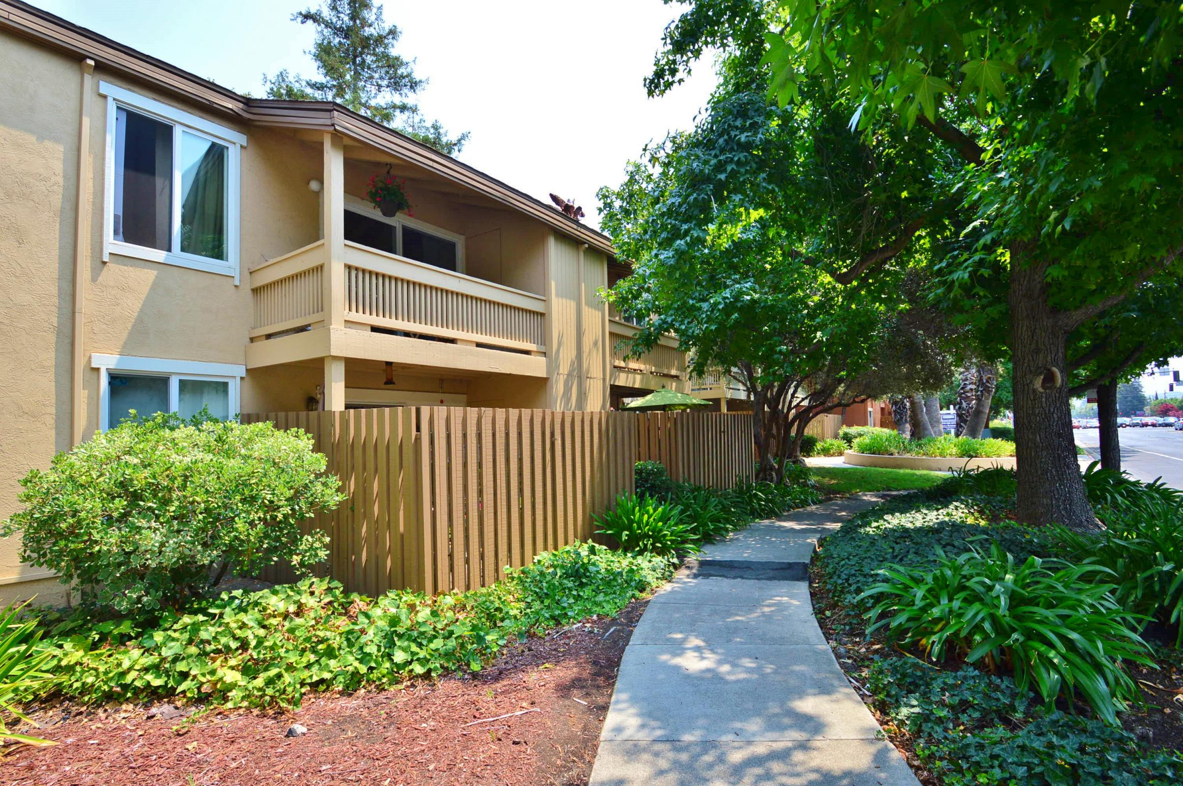 810 Oak Grove Road #96 Concord, CA 94518