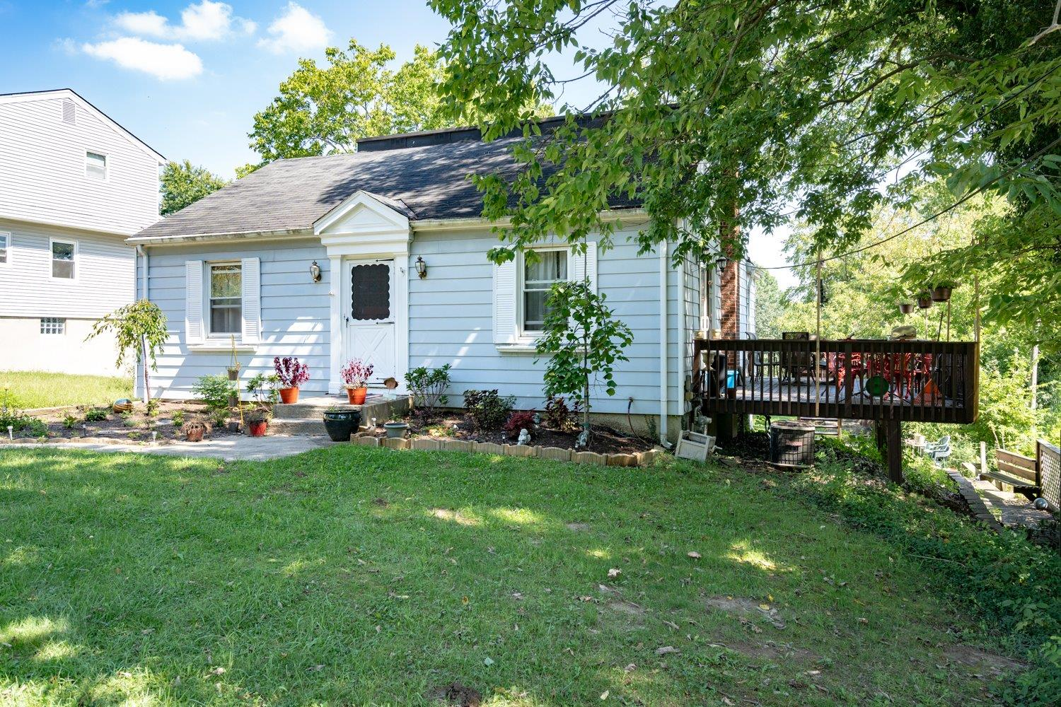 4898 Race Road Green Twp, OH 45211