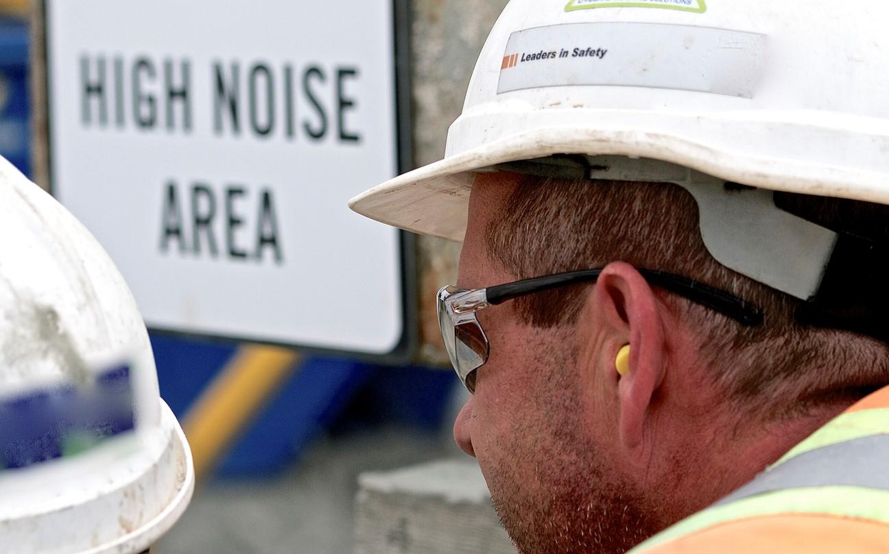 Quiet Equipment Avoids Hearing Loss on Construction job Sites