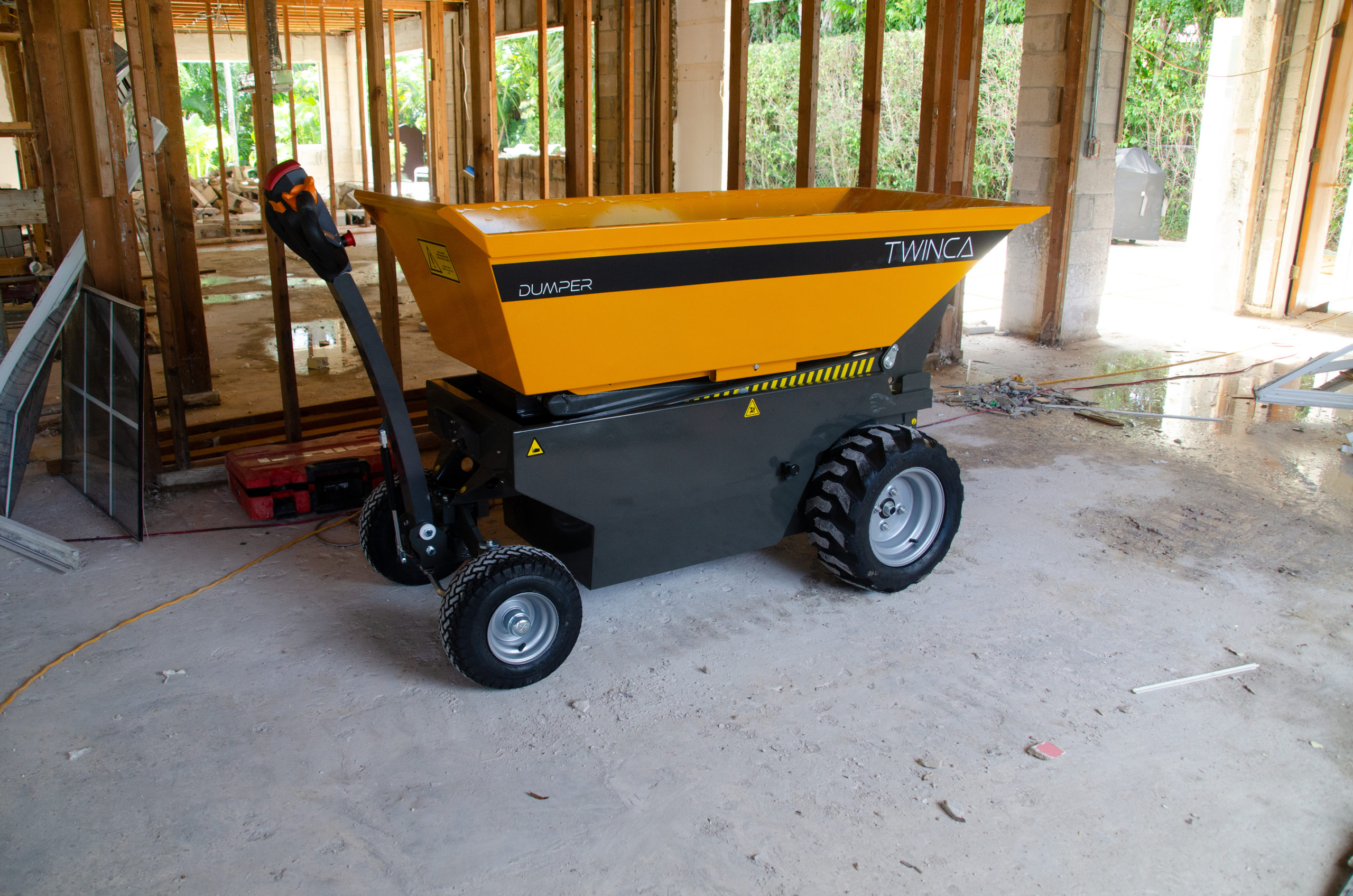 TwincaES800 electric wheelbarrow