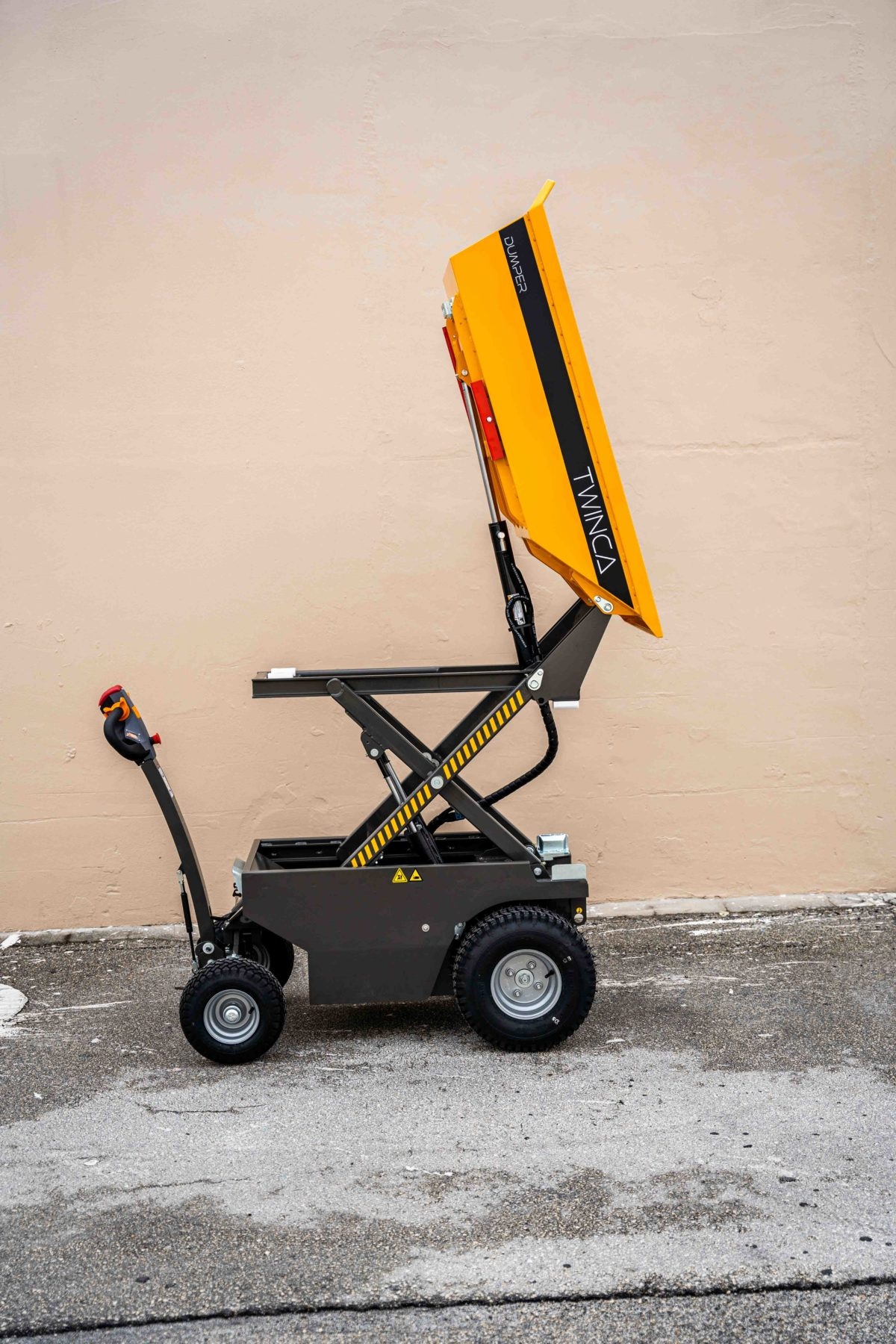 Battery Powered High Tip Buggy