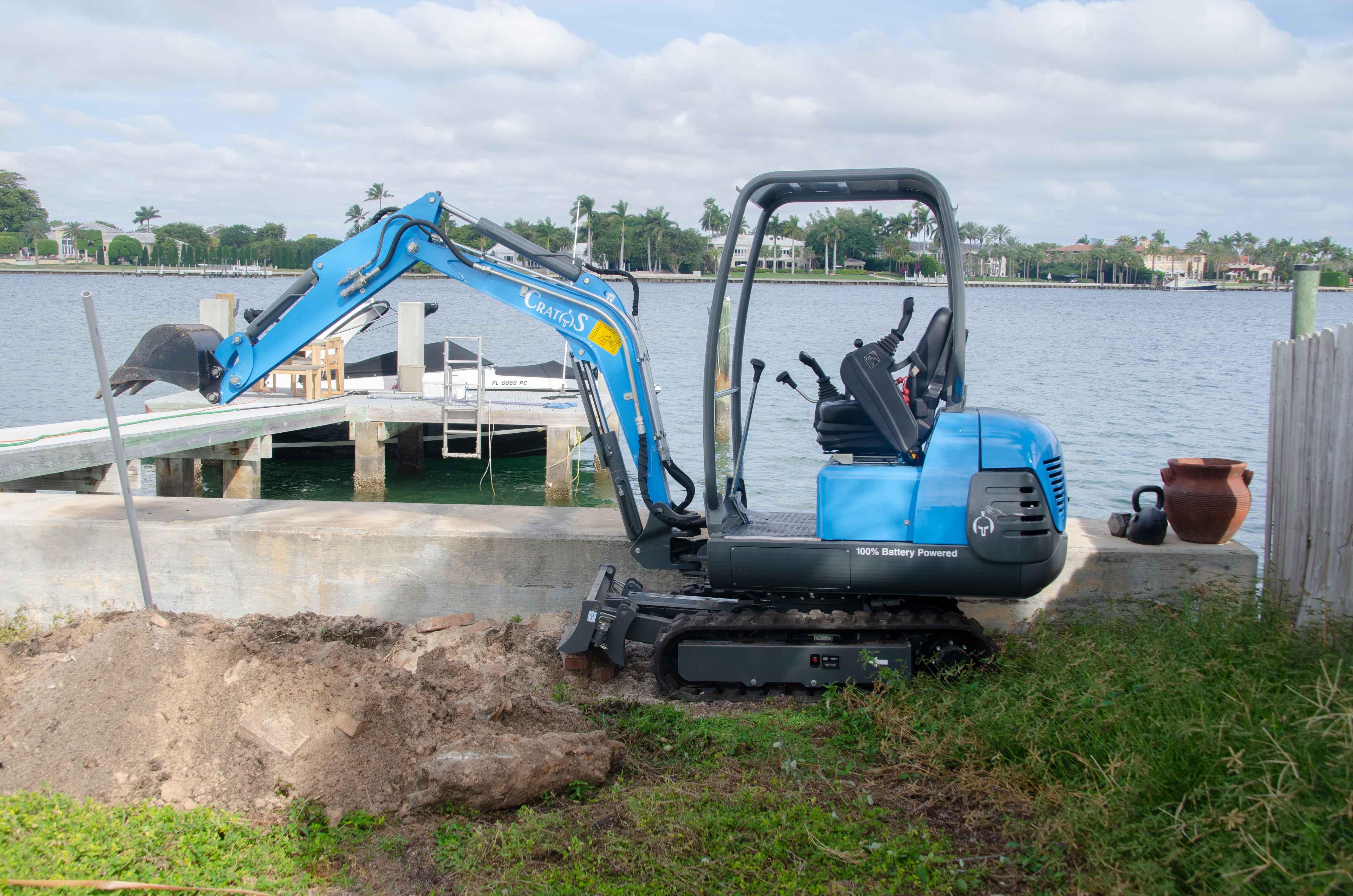 CMX18, Electric Compact Excavator