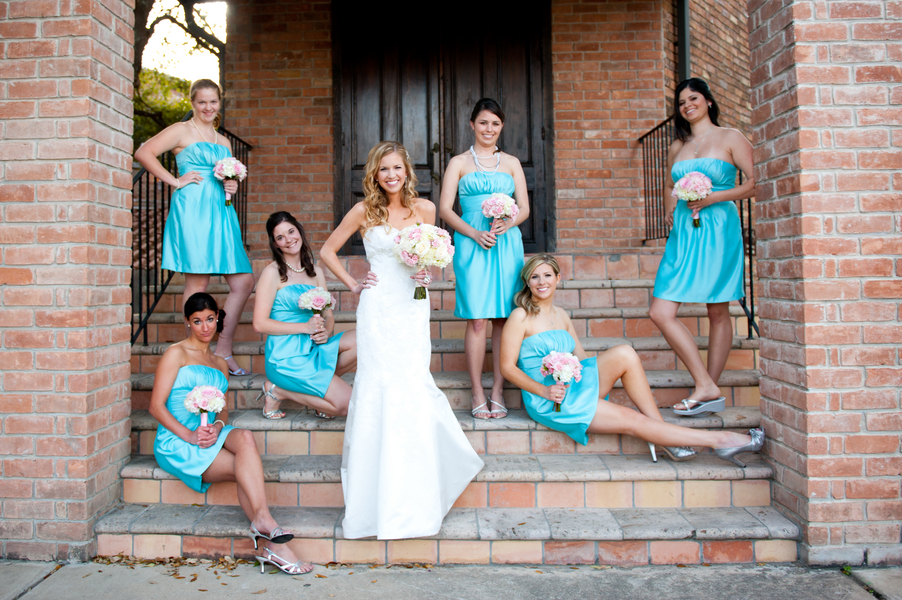 Modern Pink & Aqua Wedding  via TheELD.com