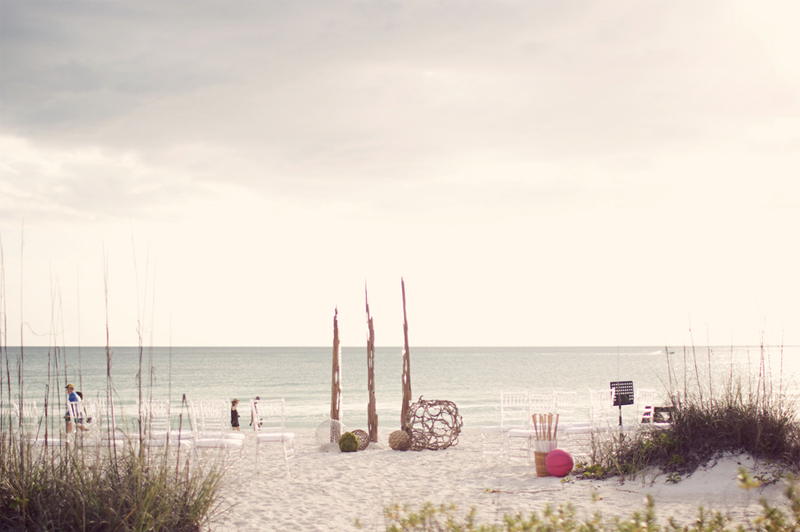 Modern Pink & Green Florida Destination Wedding via TheELD.com