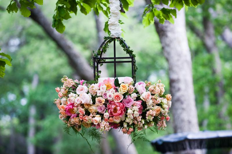 modern english garden wedding inspiration every last detail. Black Bedroom Furniture Sets. Home Design Ideas
