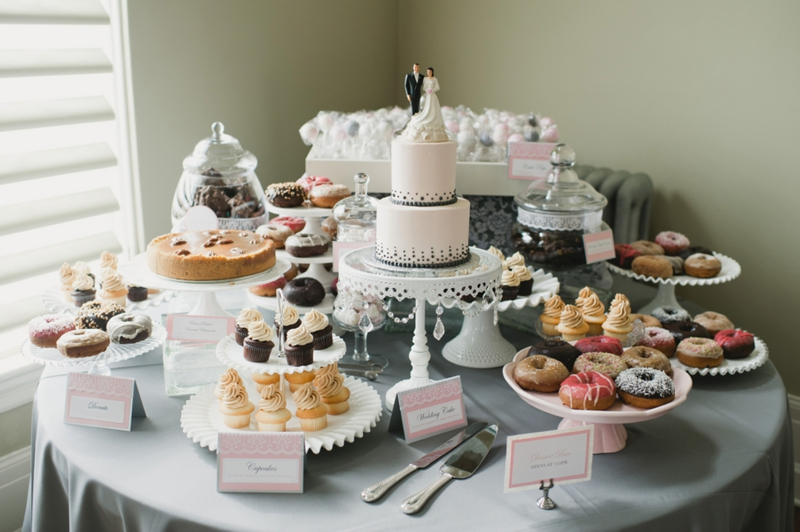 Pink & Gray Vintage Chic Seattle Wedding via TheELD.com