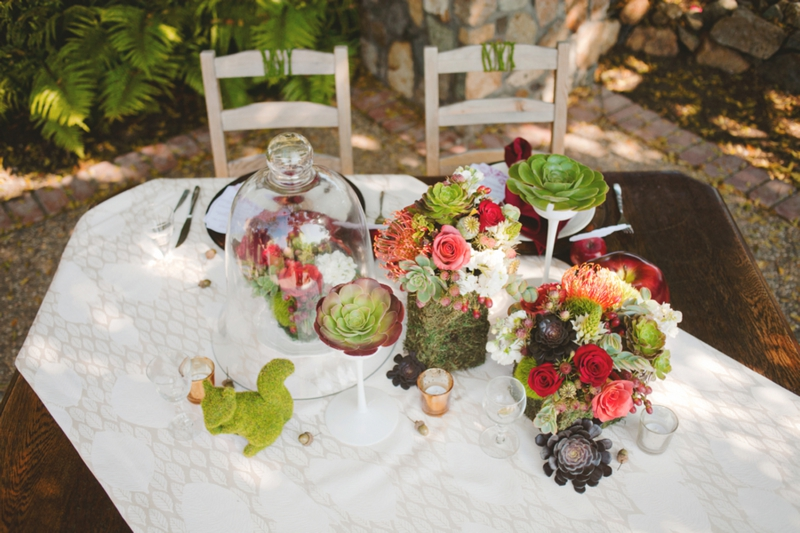 Get The Look: Rustic Snow White Wedding Inspiration via TheELD.com