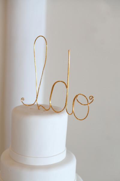 Detail To Love: Modern Cake Topper via TheELD.com