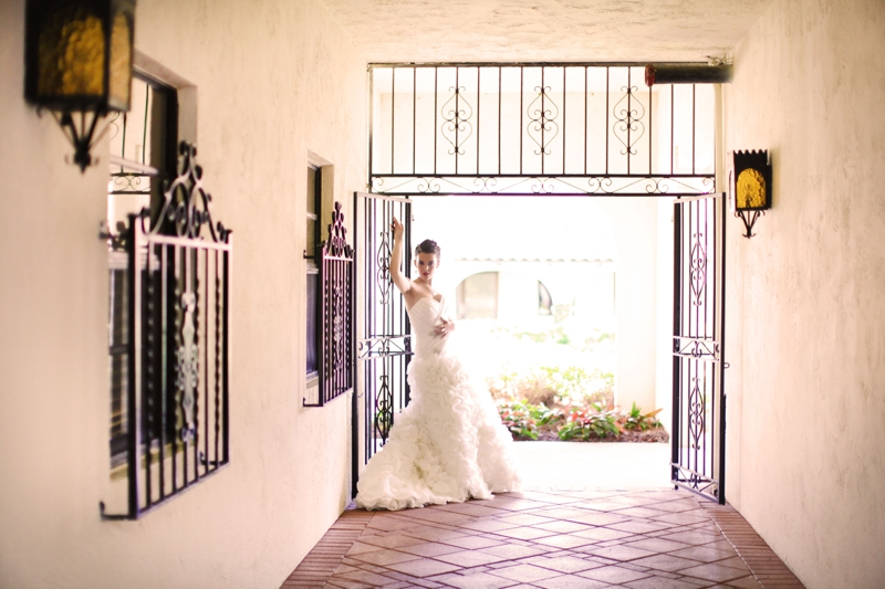 Modern Baroque Purple & Green Wedding Inspiration via TheELD.com